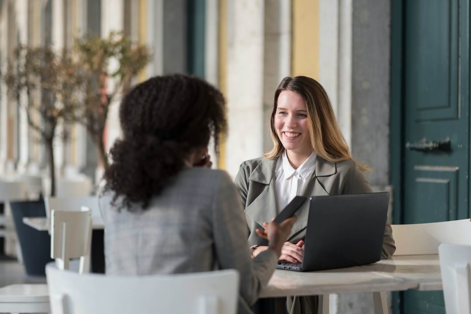 What To Do On A First Meeting With The Customer?